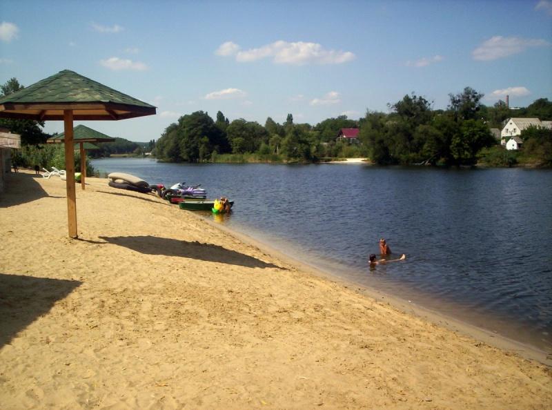У Івано-Франківську завершують облаштування пляжних зон